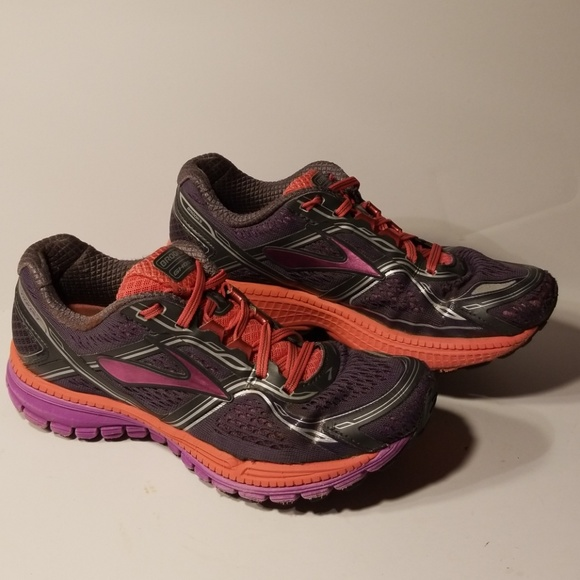 762a82d90ad Brooks Ghost 8 women s shoes size 7.5 B